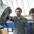 Benjamin Caron et Étienne Lantagne-Hurtubise, sont deux étudiants en sciences passionnés d'astronomie