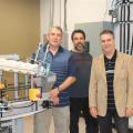 Les trois enseignants du département des Technologies de génie électrique : Pierre Trépanier, Hugues Paquin, coordonnateur du département et André Blondeau.