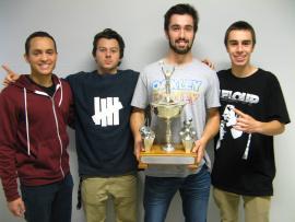 L'équipe gagnante était formée par Léonardo Javier Hurtado Pascastillo, Victor Régent, William Frost et Simon Garneau-Desroches.