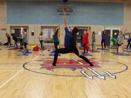La 11e édition du Défi santé a pris son envol avec une séance de yoga athlétique.