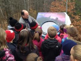 Les élèves de l'École des Bâtisseurs en visite à l'Observatoire du Cégep de Trois-Rivières