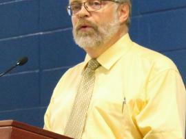 Le directeur général, Raymond-Robert Tremblay, lors du discours de la rentrée 2015.