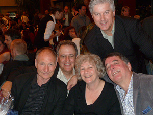 Élise Hébert en compagnie de ces collègues du département